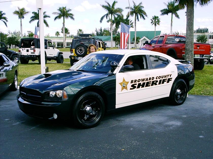 Broward_County_FL_Sheriff_2010_Charger_Hemi