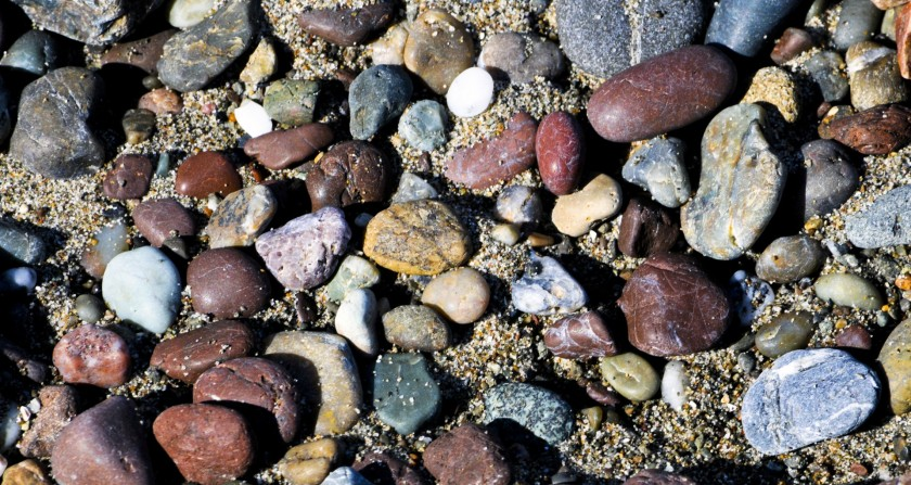 ocean-rocks-background